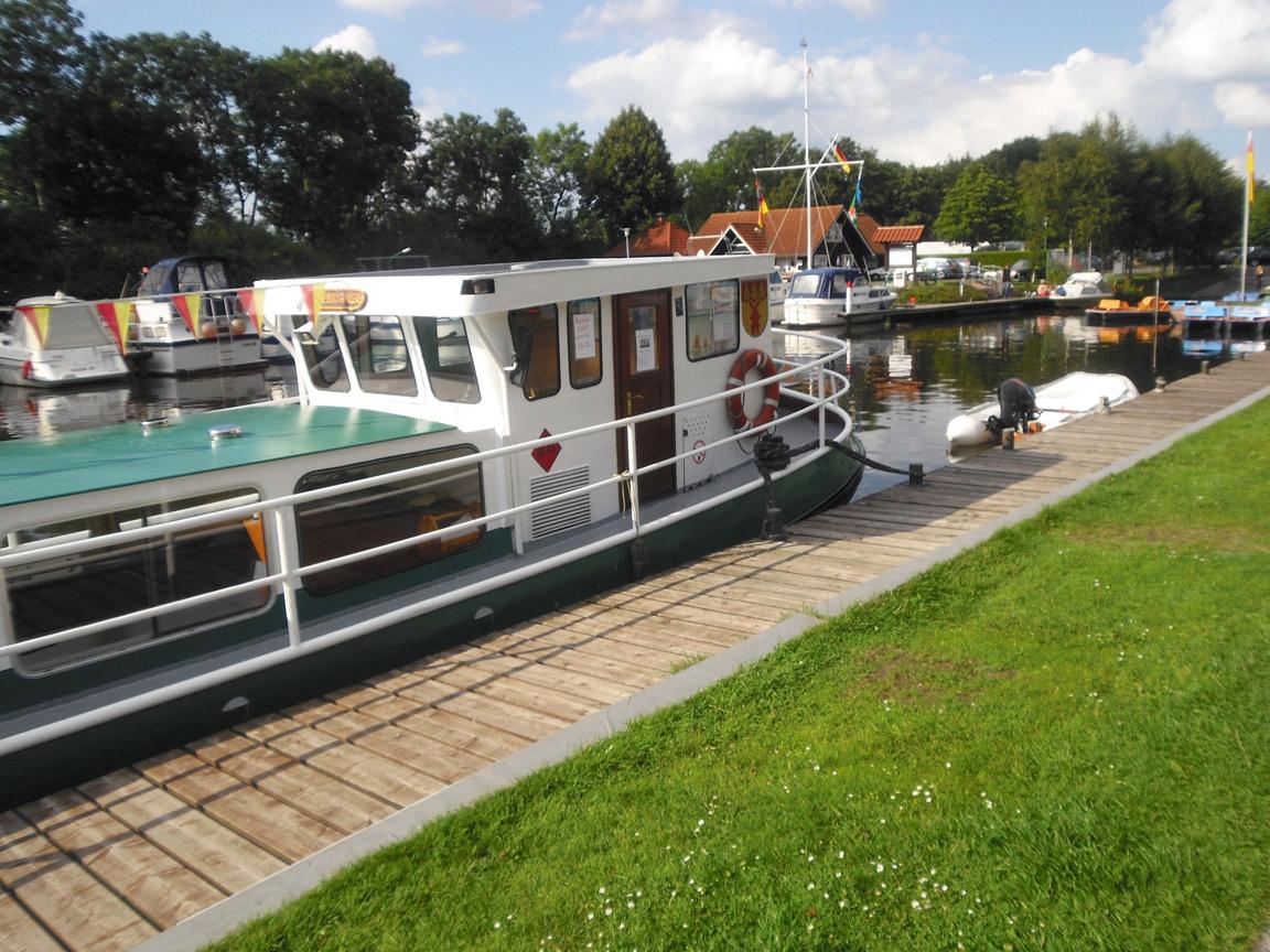 MS Gretje am Timmeler Hafen